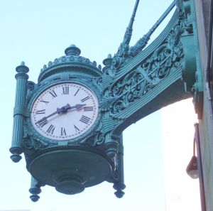 Marshall_Field_Clock